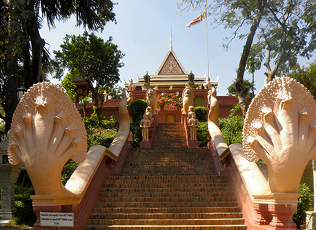 royal palace phnom penh