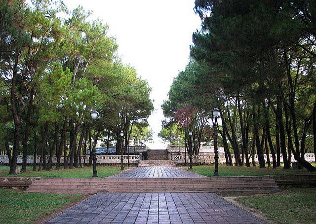 Nam-Giao-Esplanade-Hue