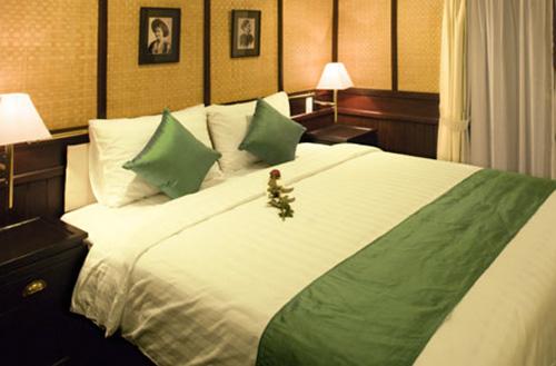 Bhaya Classic Cruise-Royal Suite2