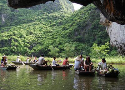 Hoa Lu Tam Coc Vietnam