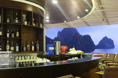 The Au Co Cruise-Bar