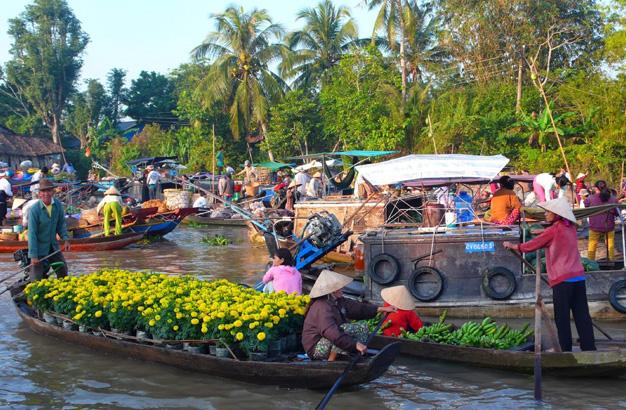 mekong-floating-market